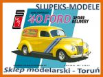 AMT 769 - Gene Winfield 1940 Ford Sedan Delivery - 1/25